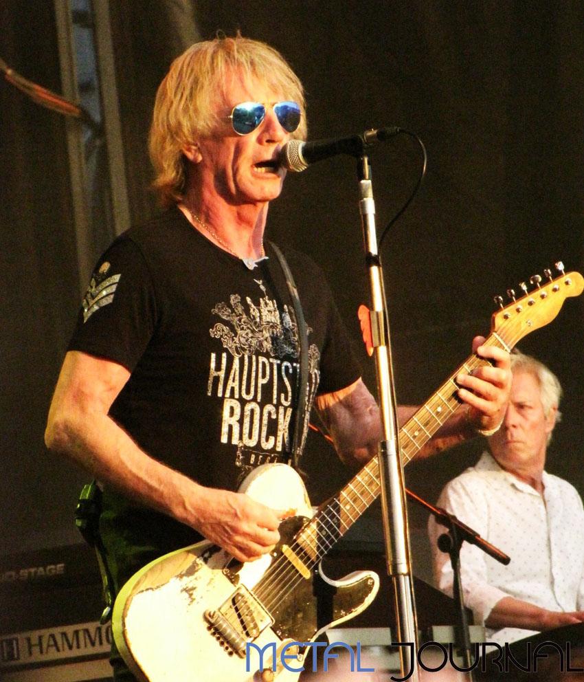 rock fest- status quo 1