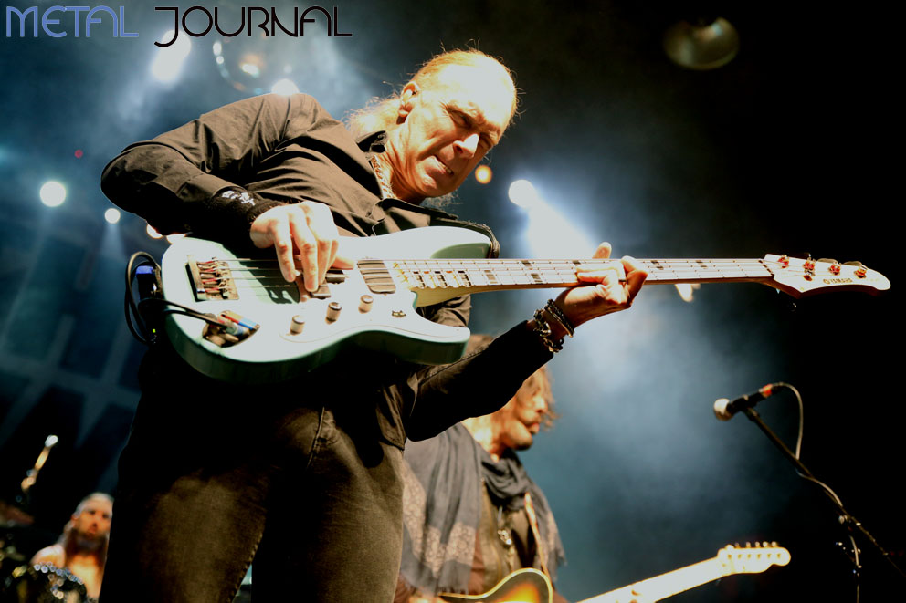 the winery dogs metal journal foto 7