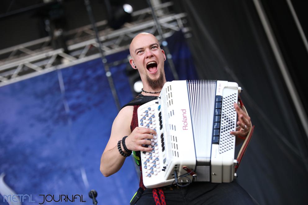 korpiklaani metal journal leyendas 16 pic 7