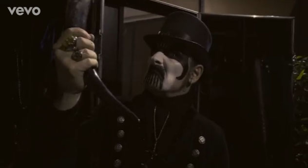 amon-amarth-raise-videoclip