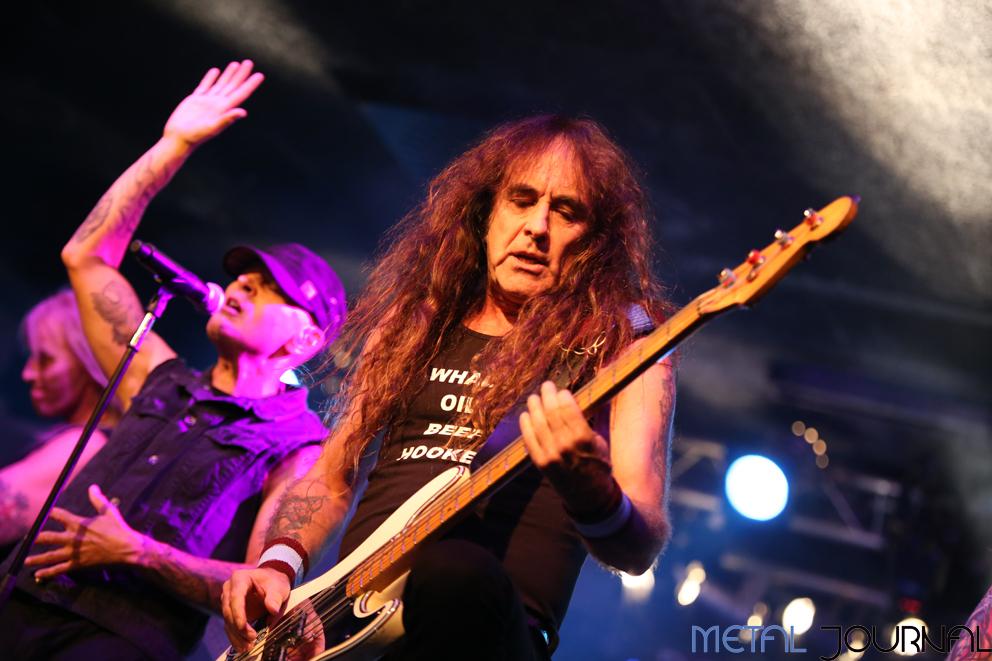 british-lion-metal-journal-2016-pic-6