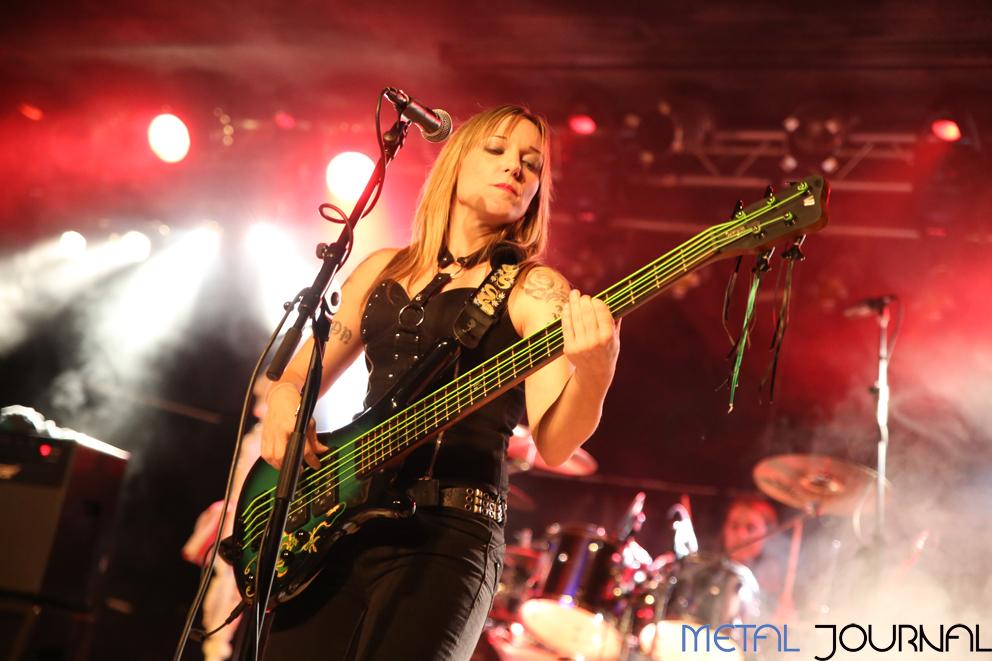 rock-angelz-metal-journal-villava-4-11-2016-pic-3