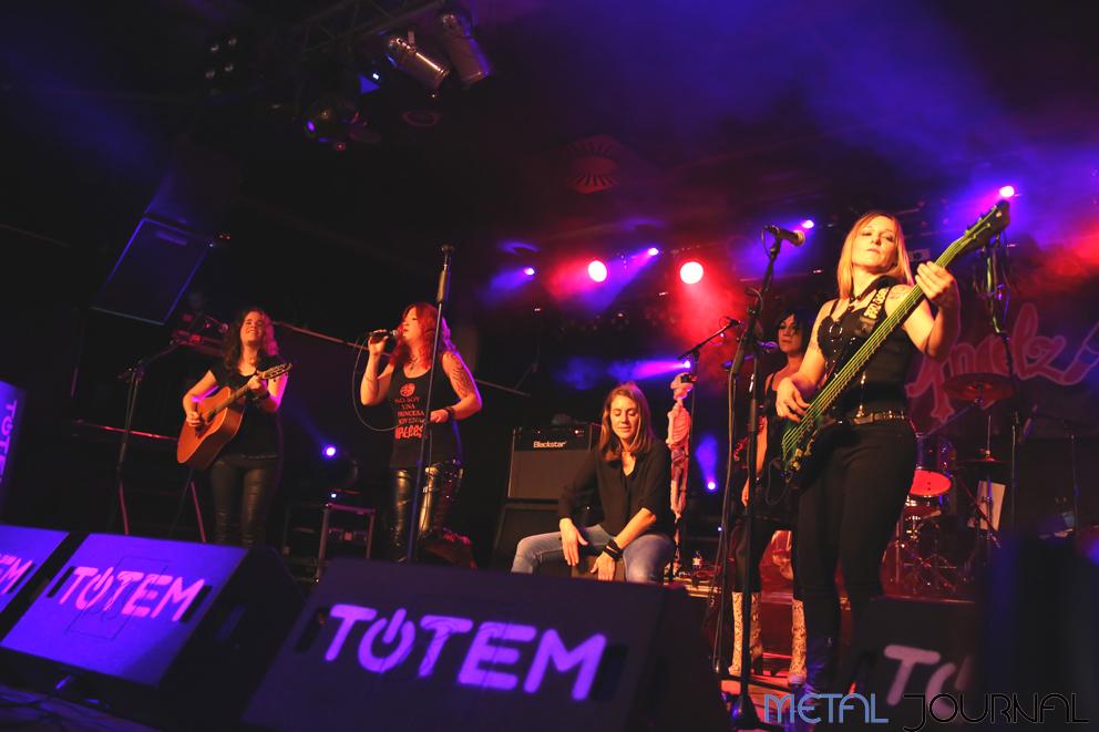 rock-angelz-metal-journal-villava-4-11-2016-pic-5