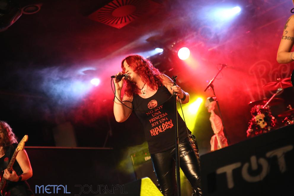 rock-angelz-metal-journal-villava-4-11-2016-pic-6