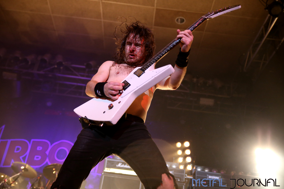 airbourne-metal-journal-2016-pic-3