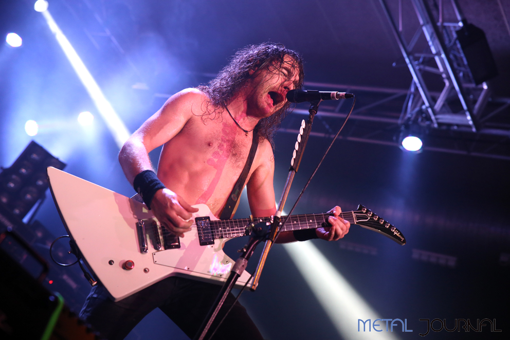 airbourne-metal-journal-2016-pic-8
