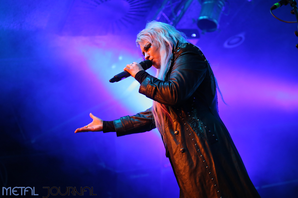 battle beast - metal journal 2017 pic 11