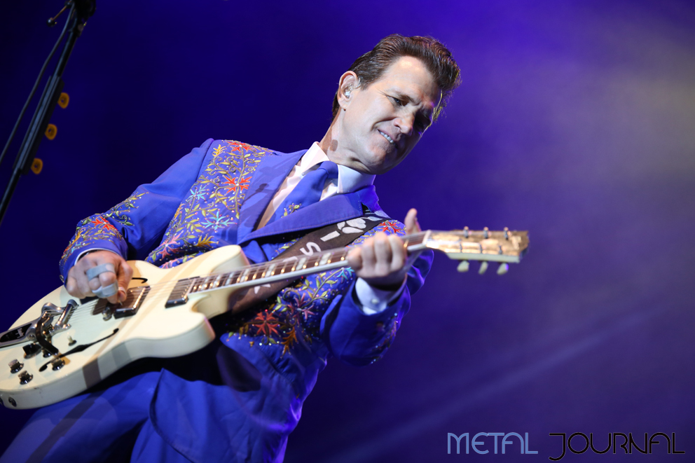 chris isaak - azkena rock 2017 metal journal pic 1