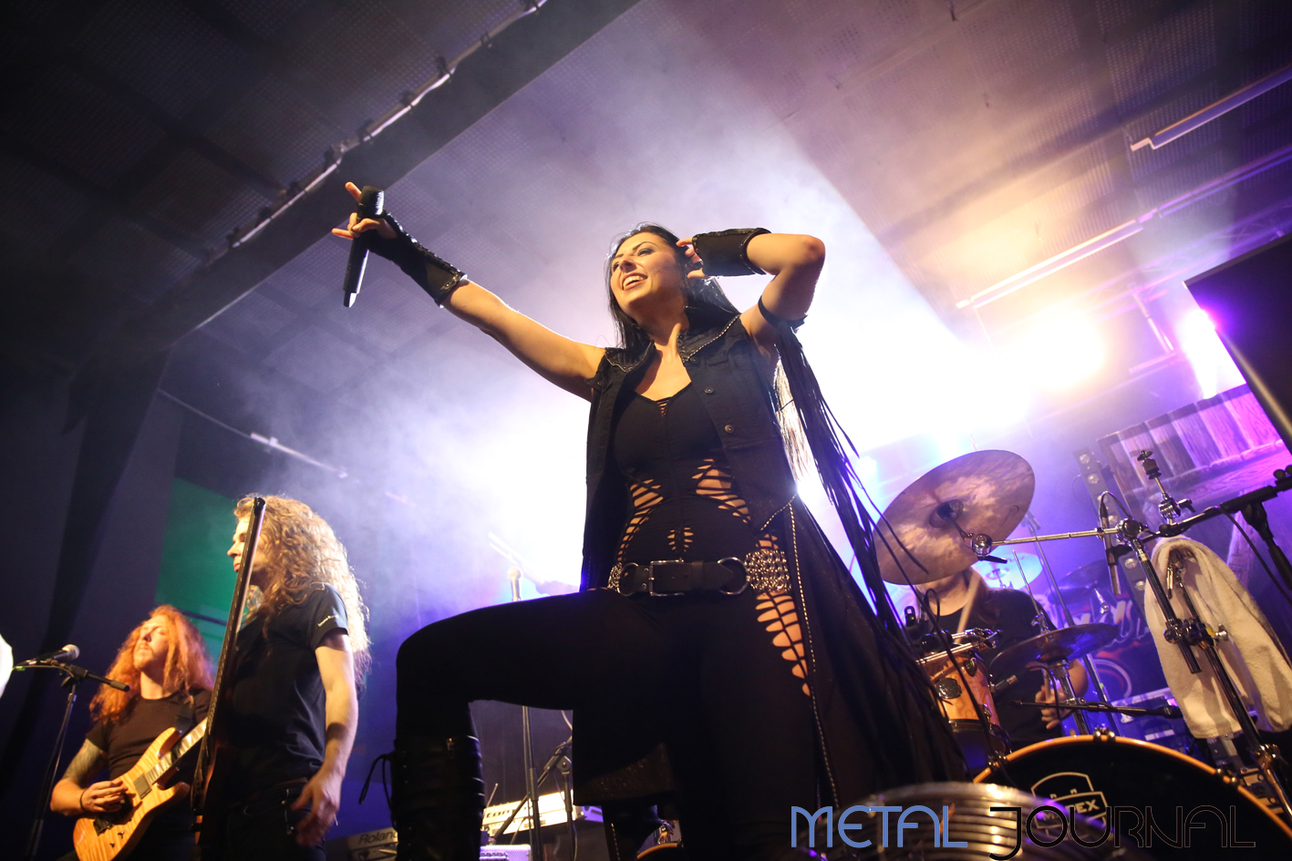 unleash the archers - metal journal 2017 pic 9
