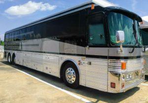 vinnie paul bus