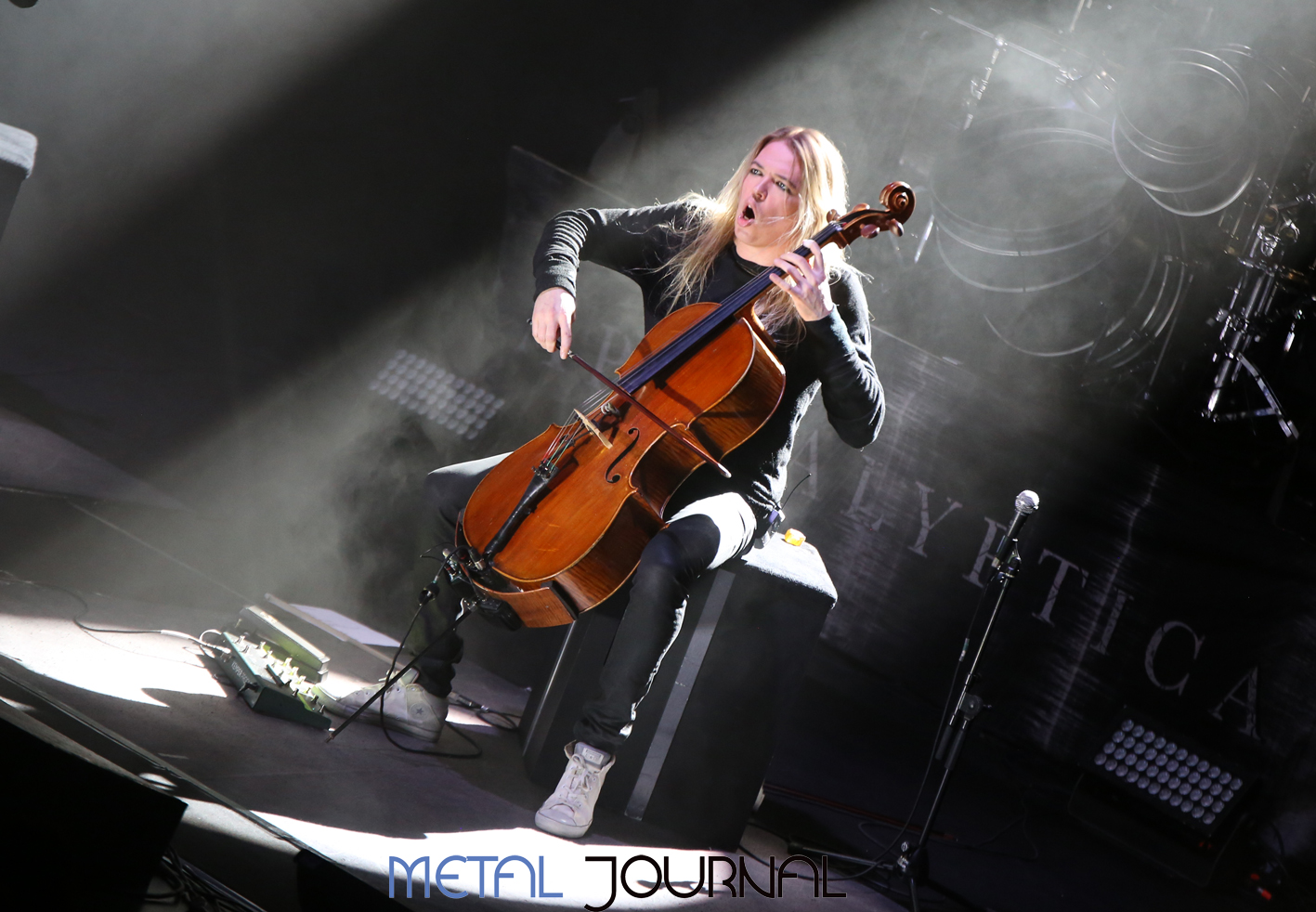apocalyptica-metal journal pic 3
