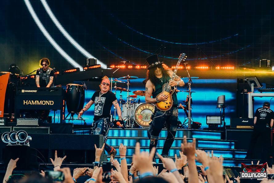 Guns N' Roses: Axl Rose culmina abruptamente concierto por enfermedad