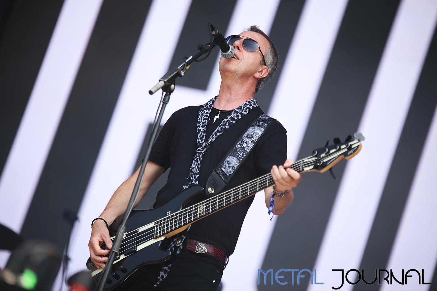 thunder - metal journal rock fest barcelona 2019 pic 3