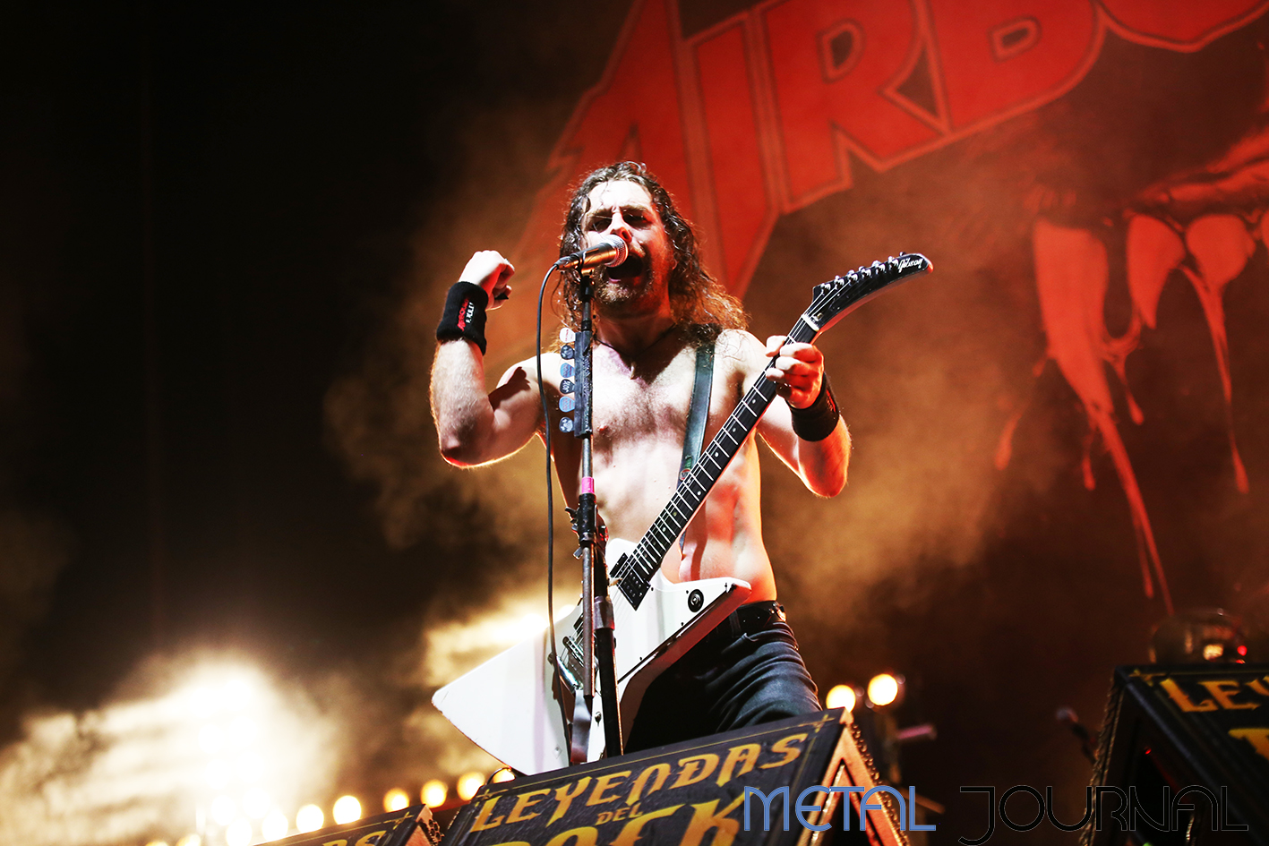 airbourne - leyendas del rock 2019 metal journal pic 11