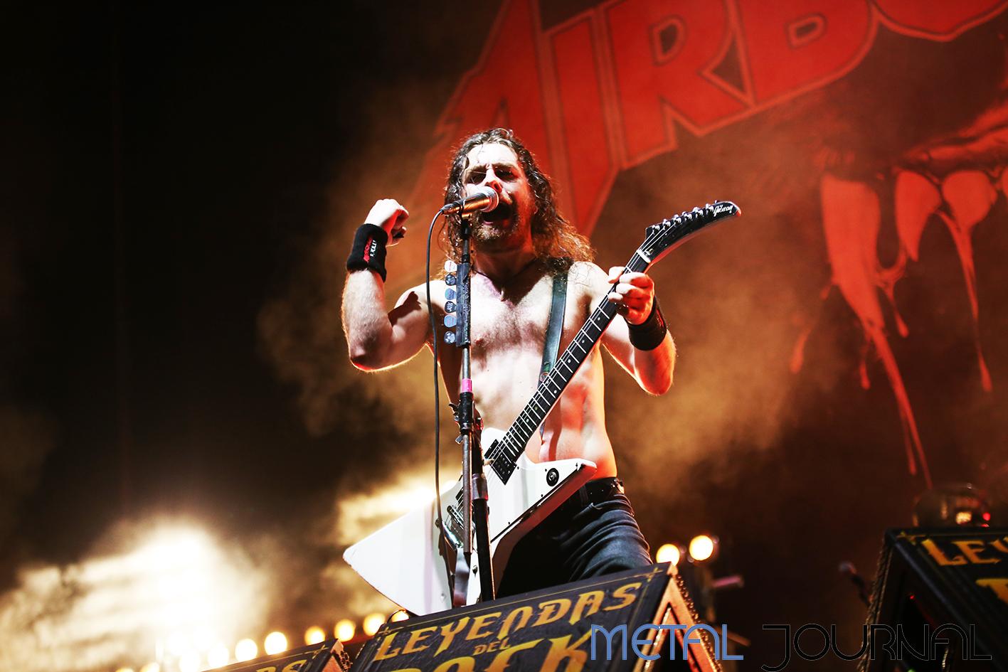 airbourne - leyendas del rock 2019 metal journal pic 11
