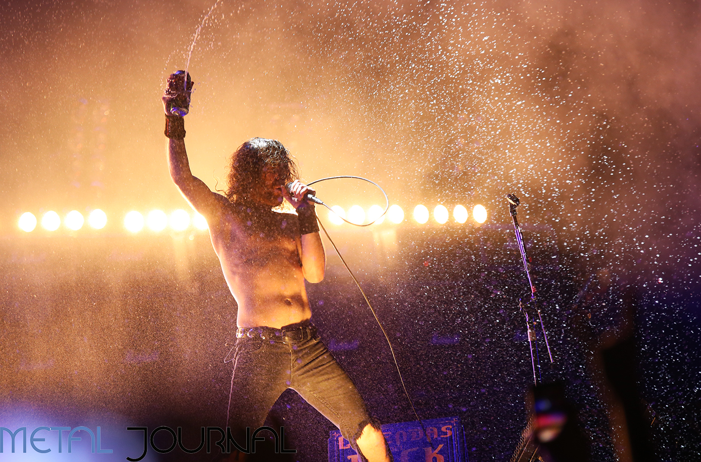 airbourne - leyendas del rock 2019 metal journal pic 2