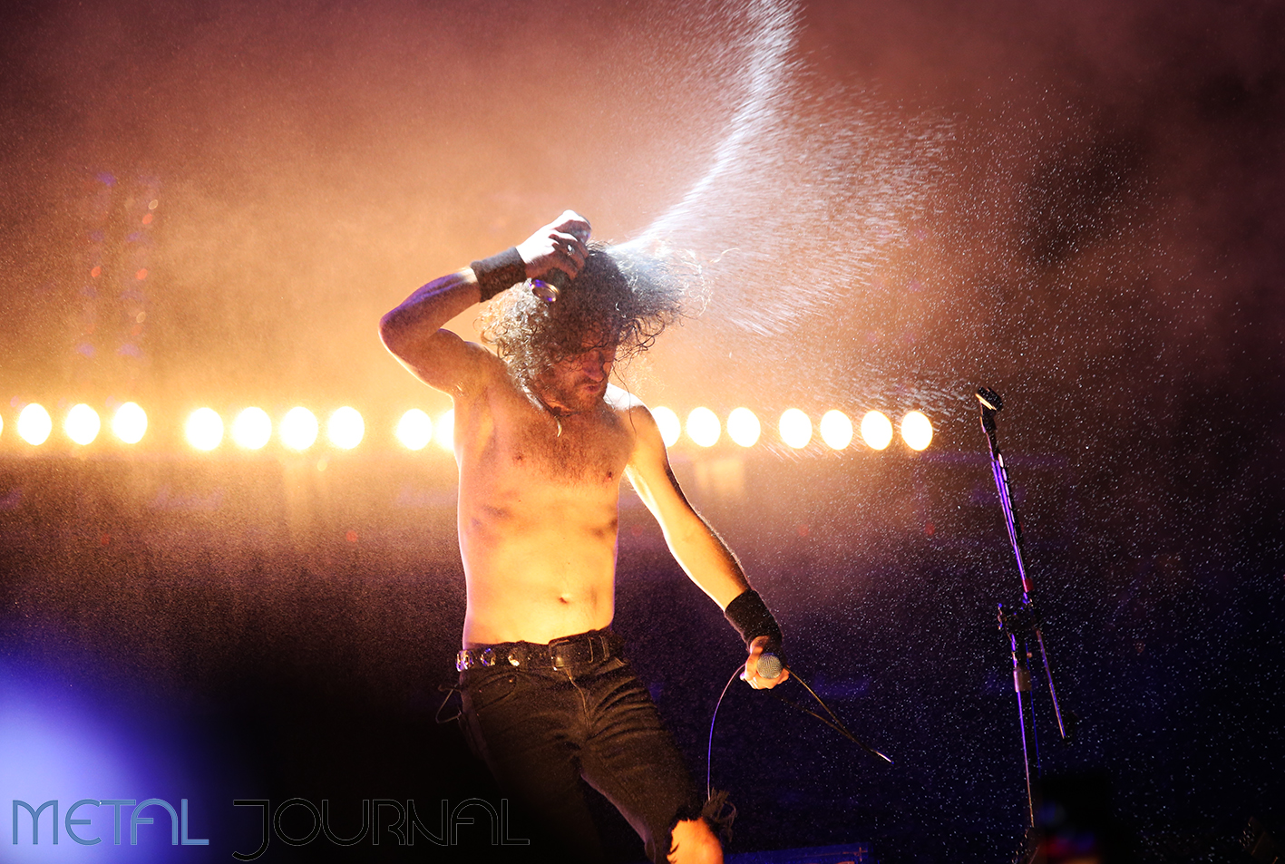 airbourne - leyendas del rock 2019 metal journal pic 3