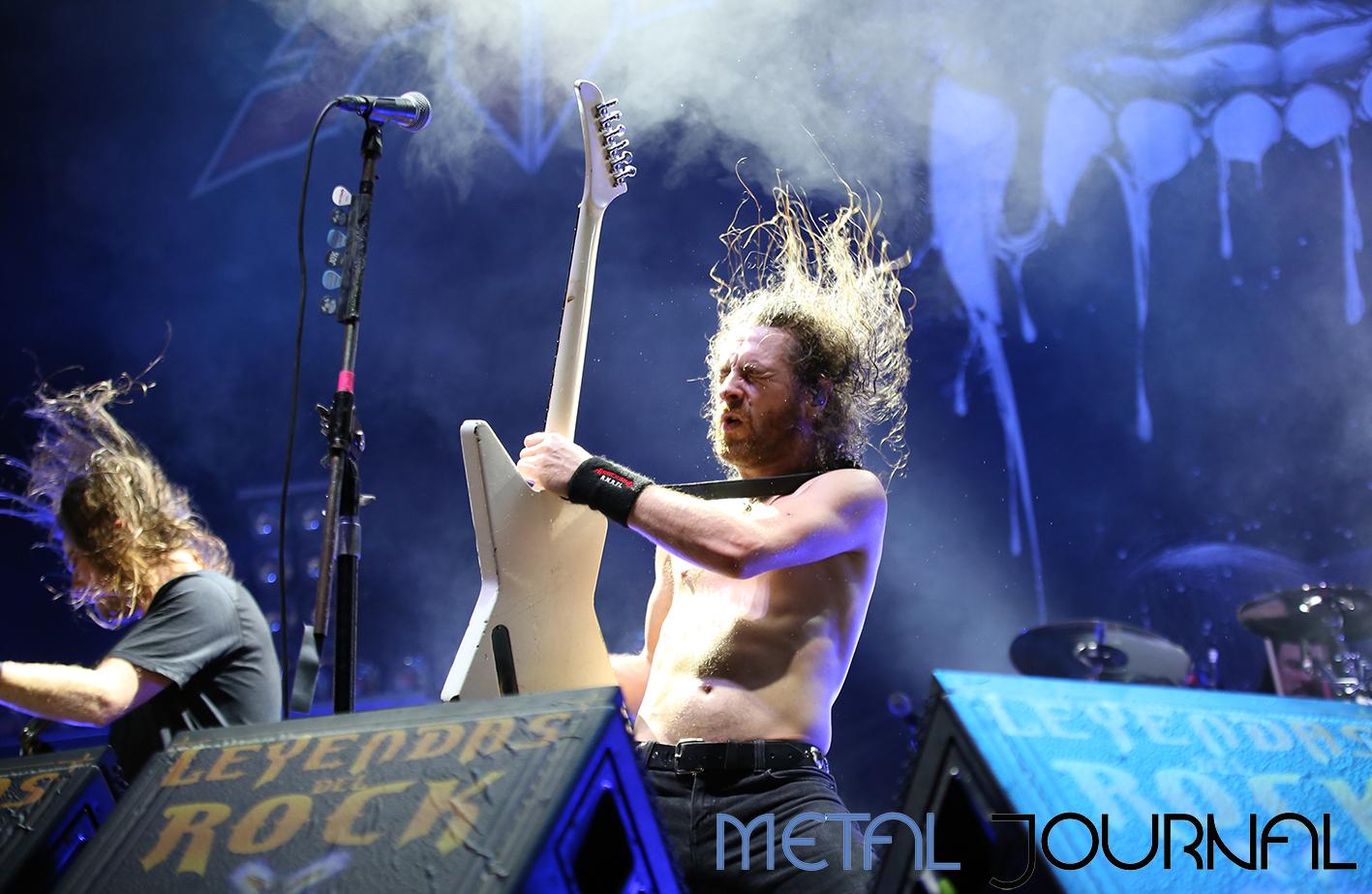airbourne - leyendas del rock 2019 metal journal pic 6