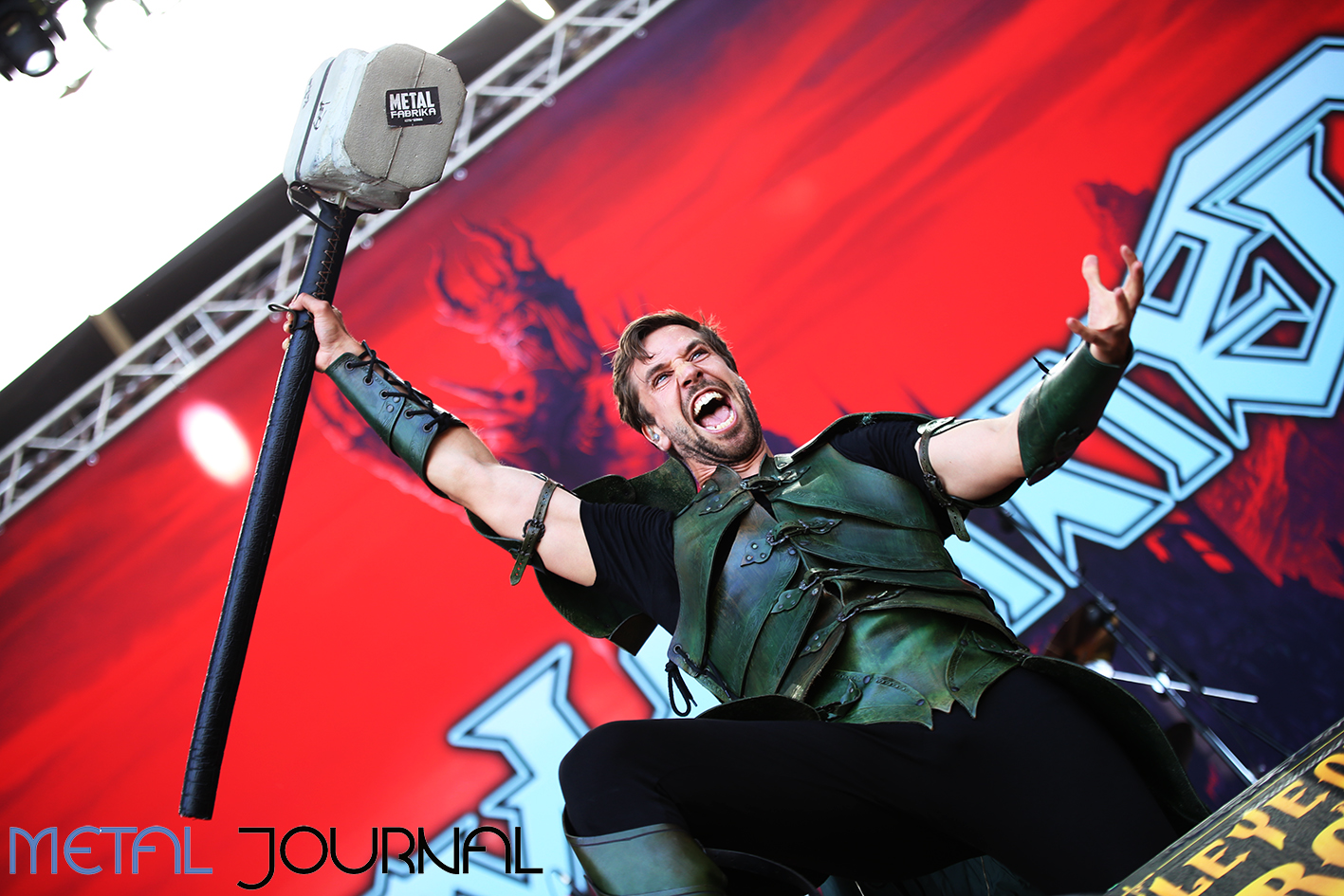 gloryhammer - leyendas del rock 2019 metal journal pic 3